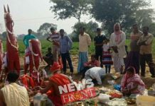 Villagers organized memorials in the death of two elephants