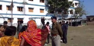 police in darabhat then protest locals