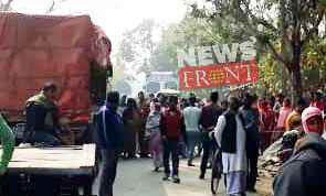 road blockade for demand of drinking water at Tapan