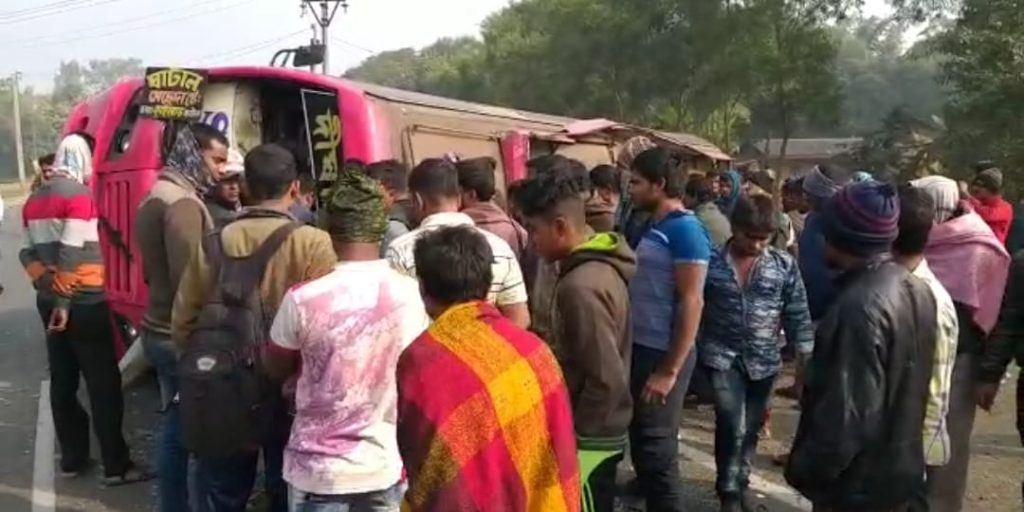 six bus passengers injured