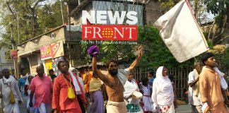 Crowd of devotees at nabadwip