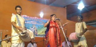 Kirtan on the occasion of spring festival