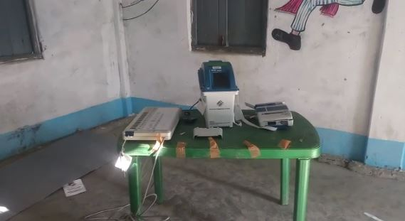 evm broken by bjp at dinhata