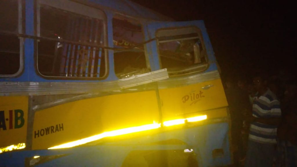 one dead on bus and lorry accident