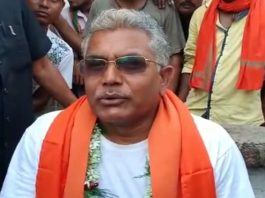 the dilip ghosh in tea stall