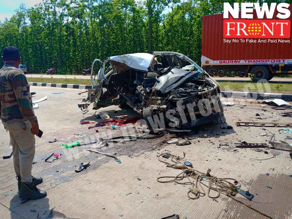 road accident at jhargram   newsfront.co