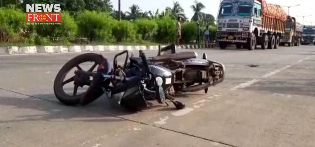 two bike rider injured in the lorry accident