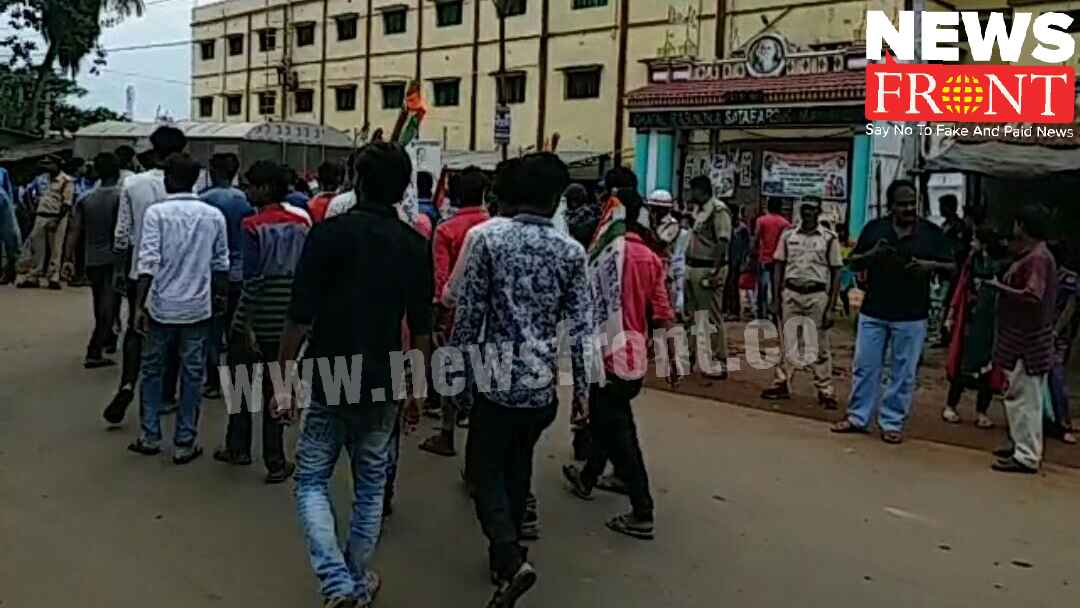 Tmcp abvp collision at ghatal college | newsfront.co