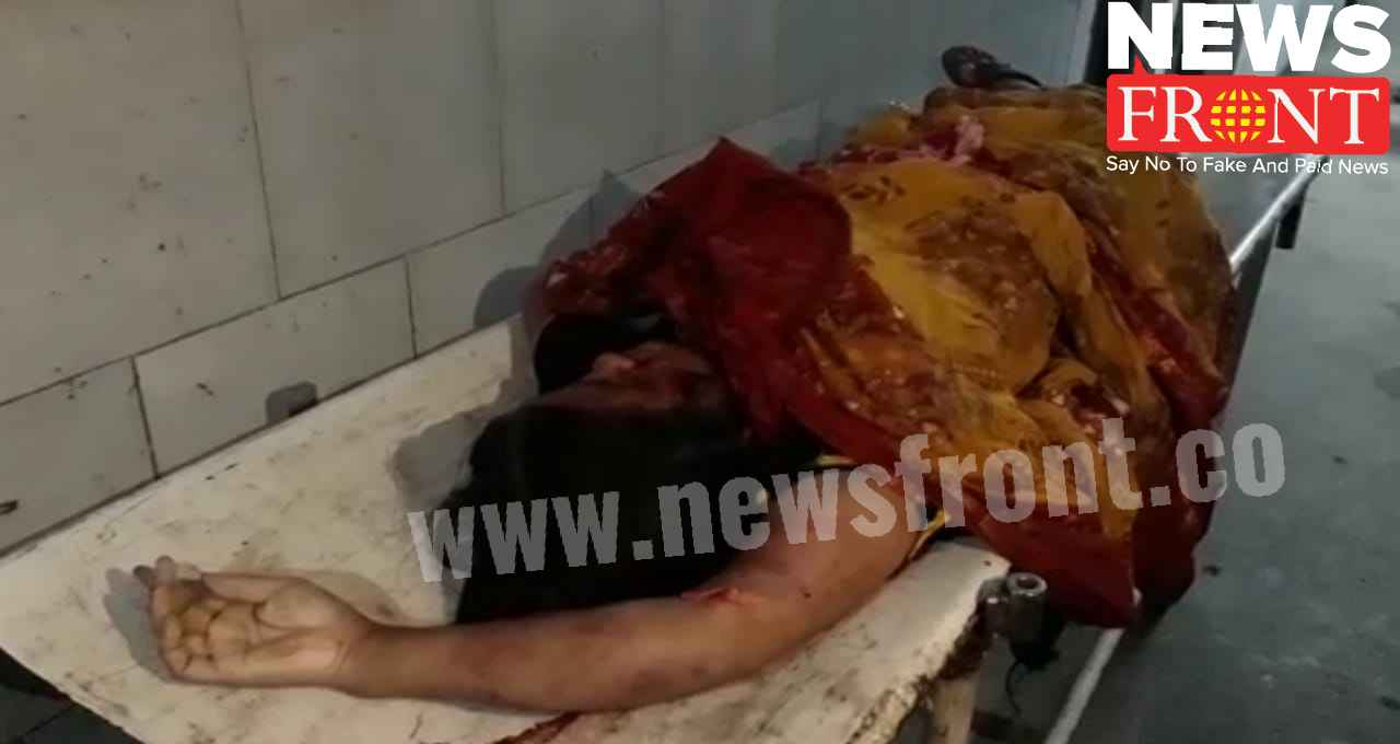 dead woman at road accident   newsfront.co