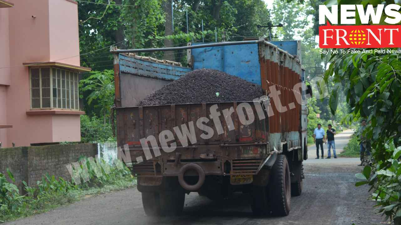 iron dust loaded lorry   newsfront.co