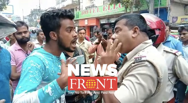police accused for harassing Journalist