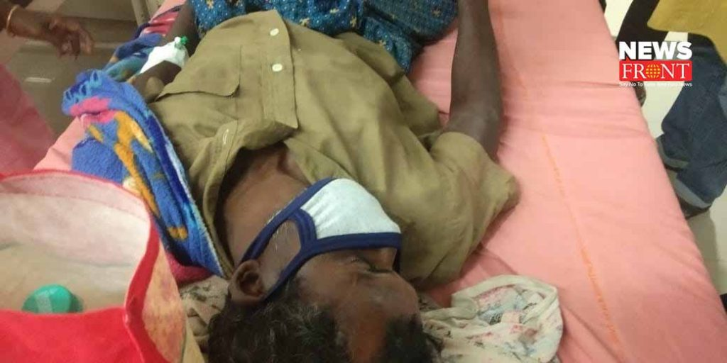 tmc leader beat up to bjp leader in south dinajpur   newsfront.co