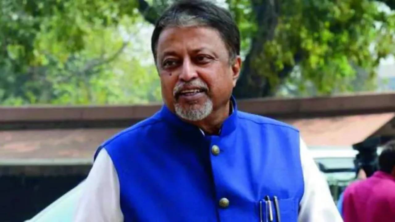 Mukul Roy admitted at SSKM